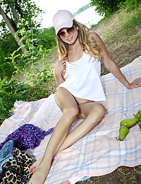 Lola Krit nude in erotic RIVA gallery - MetArt.com