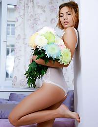 Alicia Love bare in erotic ACORA gallery