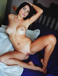 Niemira nude in erotic AUZINA gallery
