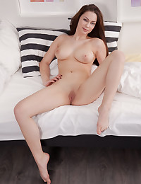 Marion naked in erotic Nimble gallery