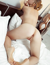 Daniel Sea nude in erotic WORK OF ART gallery - MetArt.com