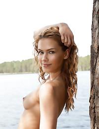 Erotic Beauty - Naturally Beautiful Fledgling Nudes