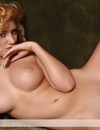 Youthful blondie with wonderful bod take her pinkish threads off and seduced you naked.