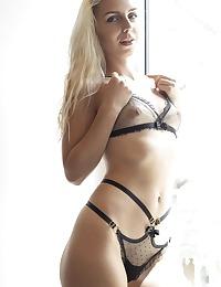Vine nude in erotic DAY TO MYSELF gallery - MetArt.com