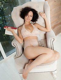 Pammie Lee nude in glamour JITARA gallery