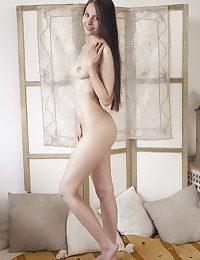 Vanessa Angel bare in erotic CONOCA gallery - MetArt.com