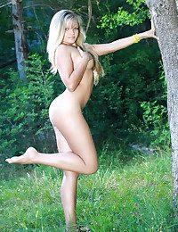 Glamour Cutie - Naturally Splendid Unexperienced Nudes