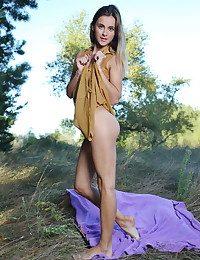 Juck naked in glamour LASARI gallery - MetArt.com