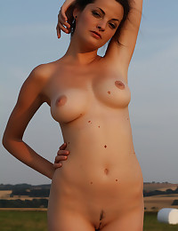 Softcore Bombshell - Naturally Stellar Unexperienced Nudes