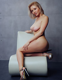 Isabella D naked in softcore TIQUALE gallery - MetArt.com